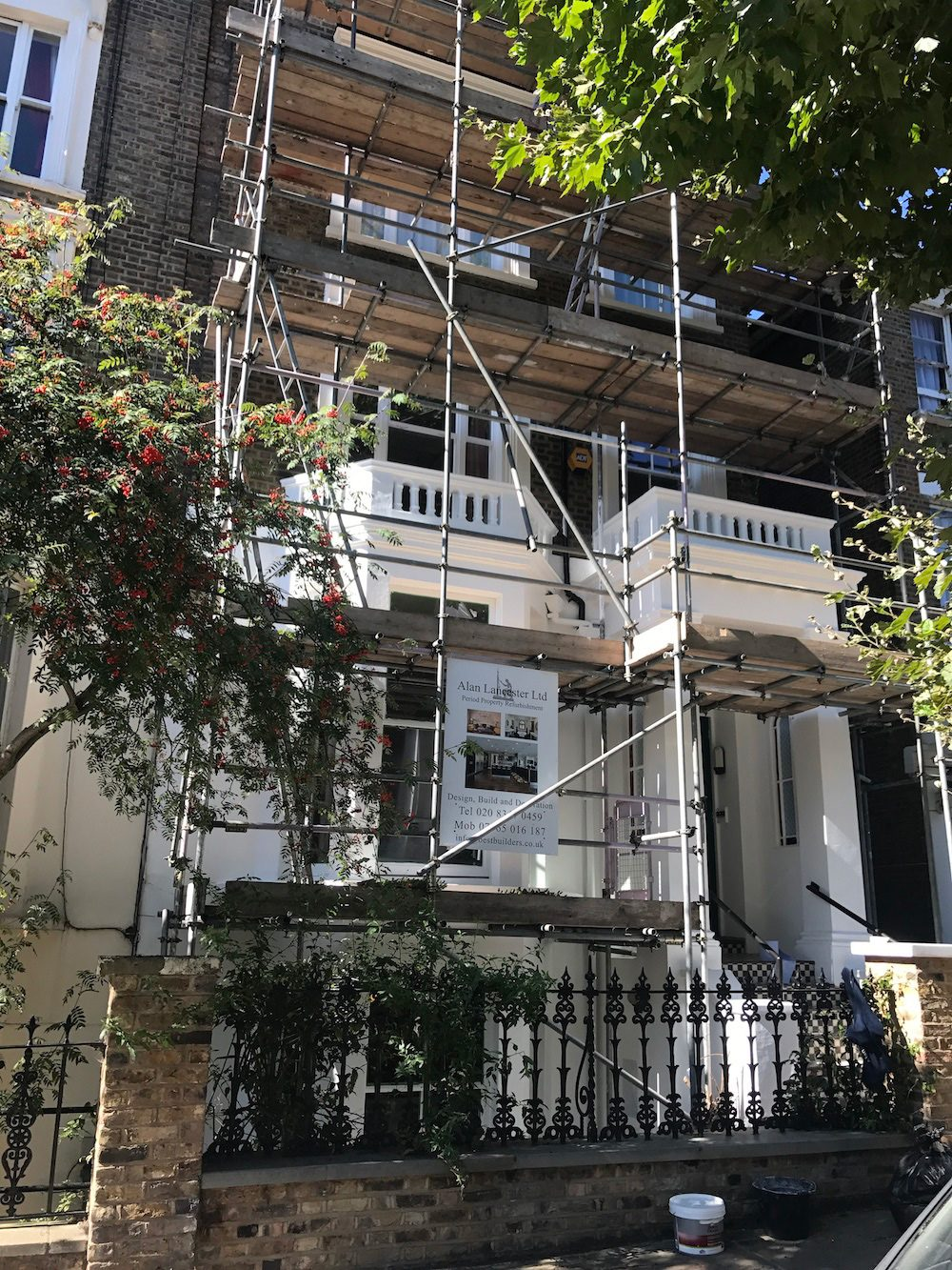 Sash Windows repairs and renovation service in North London